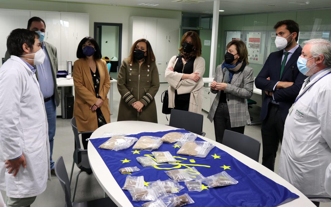 La delegada del Gobierno en Andalucía destaca la labor del Clúster del Plástico de Andalucía y la importancia del sector del plástico
